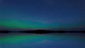 Mirror_Lake_Aurora